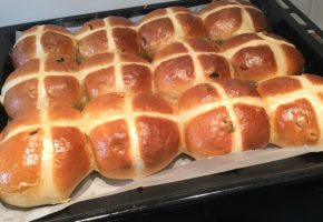 Hot Cross Buns Easter 2019