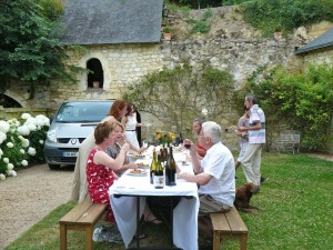 family-bbq-le-tasting-room2